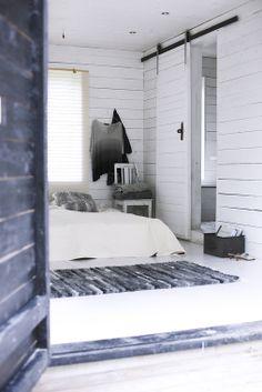 White Scandinavian interior on Gotland Island Home Bedroom, Bedroom Decor, Bedrooms, Nordic Bedroom, Light Bedroom, Bedroom Designs, Wooden Sliding Doors, Interior Design Photography, Interior Styling