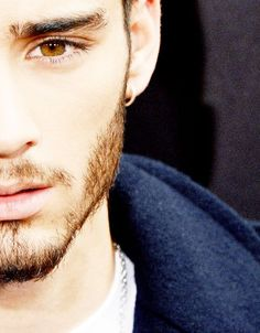 We will miss u :'(        omg i will miss u zayn malik u are an amazing singer stay strong please