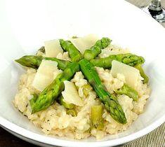 Recette Risotto d'asperges vertes (difficulté Très facile) . Découvrez comment préparer votre Plat principal sur EnvieDeBienManger.fr