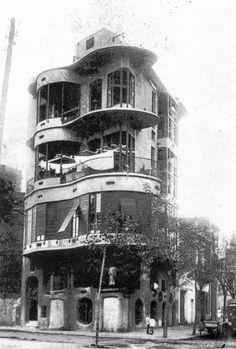 Hidden Architecture: Casa Planells