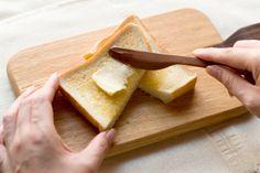 あなたも要注意パンと便秘の意外な特徴を解説