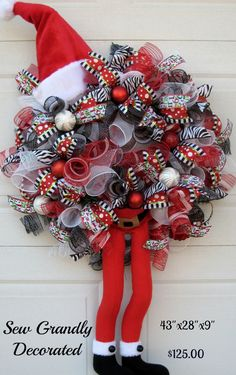 Huge SALE: Deco Mesh Christmas Wreath - Santa Claus is Coming to Town-Santa Claus Wreath - Character Wreath