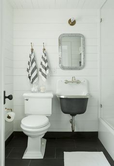 Hamptons beach house bath designed by Jenny Wolf. The rest of the house is just as charming!