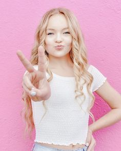 Cute Summer Outfits, Pretty Outfits, Cute Outfits, Dance Moms Girls, Dance Moms Videos, Cute Poses, Dance Company, Teenager Outfits, Pink Aesthetic