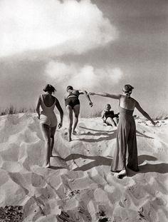 Sun sea shore Paul Wolff 11 | by Ronald Hirlé