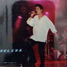 Rare photo of Selena Quintanilla Perez