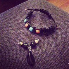 Diy bracelet with macramé and beads
