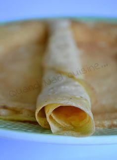 Les crêpes parfaites de Pascale Weeks Pour une quinzaine de crêpes:      20 g de beurre     250 g de farine     2 cc de sucre     1 cc de sel     4 œufs + 2 jaunes     50 cl de lait demi-écrémé     5 cl d'eau ou de bière