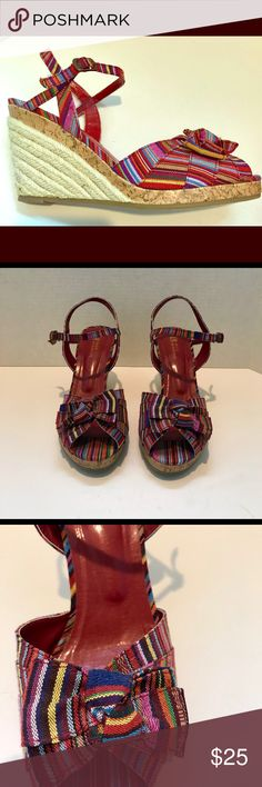 Women's Size 9 White Mountain Colorful Wedges Red/Multicolored striped with rope heels wedges.  Lightly worn.  Super cute!! White Mountain Shoes Wedges
