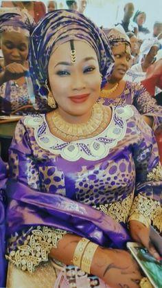 Malian Fashion bazin wax #Malifashion #bazin #malianwomenarebeautiful #dimancheabamako #mussoro