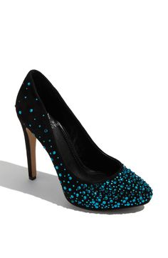 If these came in white that would be awesome! Black stones to fix pumps