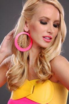 Super fun earrings!!!! #MyAMIClubwear  #fashion