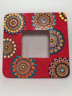 Artículos similares a SPECIAL ORDER for KATHLENE****Color Change*******Original Mandala Painting on Wood photo Frame, Dotilism, Dot Painting, Aboriginal  Art, en Etsy