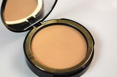 Making Up the Midwest: Review: Too Faced Cocoa Powder Foundation
