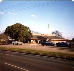 Denny's, Princes Highway, Dandenong, early 1980s.