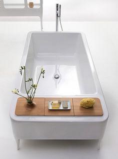 giant relaxing bathtub :)