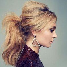 Если времени совсем мало, волосы грязные, а надо выглядеть на 100%, эти советы и прически станут настоящим спасением!