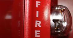 Parliamo ancora di #antincendio con l'ultima circolare #CNI dello scorso 17 marzo, in cui si vanno a sintetizzare i punti più salienti del DM 20.12.2012 e che stabilisce delle Linee Guida per la sua applicazione in riferimento agli impianti di protezione attiva.  Maggiori dettagli cliccando sul link dell'articolo di LavoriPubblici.it   #edilpuglia #bocciolone #prevenzione #lineeguida #17marzo