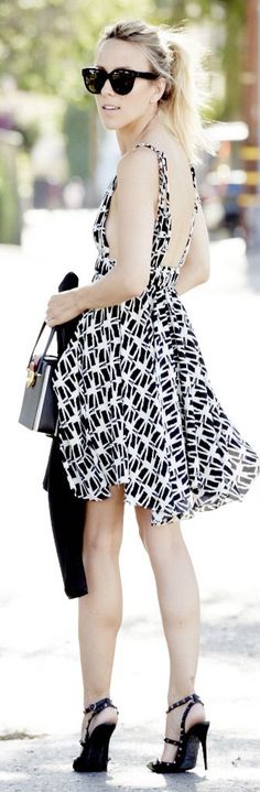 Tbagslosangeles Black And White Spaghetti Strap V-neckline Backless Print Dress by Damsel In Dior find more women fashion ideas on www.misspool.com