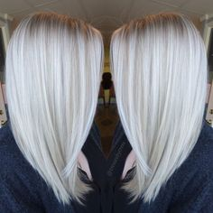 Platinum White Blonde Balayage - Straight Shoulder Length Haircut Summer Hairstyles, Platinum White Blonde Balayage - Straight Shoulder Length Haircut 2017 Source by friedaevelyne. Balayage Straight, Lob Haircut, Lob Hairstyle, Haircut 2017, Hair Styles 2016, Curly Hair Styles, Curly Lob, Pelo Color Gris, Platinum Blonde Hair Color