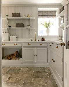 Painted in calming @farrowandball Cornforth White, with accents of brass including our Callisto mixer in aged brass, this utility room has been thoughtfully designed to accommodate everything @rachaelsomervilleinteriors on Instagram and her 🐶 Huckleberry needs! #perrinandrowe #homedesignideas #utilityroom #utilityroomdesignideas #laundryroom #brasstaps #realhomeinspiration Modern Country, Country Decor, Utility Room Designs, Cornforth White, Farmhouse Laundry Room, Laundry Room Design, Fashion Room, Cool Rooms, New Homes