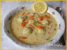 Potatoes ragout soup with Tarragon dumplings - Tárkonyos raguleves krumpligombóccal - Barbi konyhája Soup Recipes, Recipies, Hungarian Recipes, Hungarian Food, Recipe Filing, Goulash, Dumplings, Soups And Stews, Cheeseburger Chowder