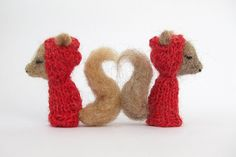 WOODLAND SQUIRREL VALENTINES Finger Puppets needle by LazyAnimals
