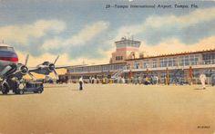 TAMPA FLORIDA TAMPA INTERNATIONAL AIRPORT TARMAC POSTCARD c1940s