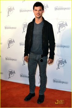 Taylor lautner fashion style 42