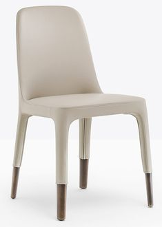 Ester 691 is a chair mix of elegance, ergonomics and functionality. The result is a precious monolith made of leather. The attention to details is everywhere. Cafe Furniture, Restaurant Furniture, Furniture Projects, Furniture Design, Armless Chair, Upholstered Dining Chairs, Armchair, High Stool, Sofa Seats