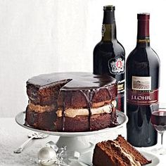 Pairing Wine with Chocolate Cake - Cooking Light Mobile Vino Y Chocolate, Wine Tasting Party, Cocktails, In Vino Veritas, Nutrition, Wine Cheese, Cooking Light, Wine Recipes, Love Food