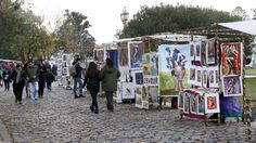 Renovarán dos plazas y una feria de artistas plásticos en Recoleta para mejorar el barrio  Invertirán $ 16 millones en los espacios verdes San Martín de Tours y Juan XXIII; nuevos puestos para el paseo de pintores frente a la iglesia del Pilar.