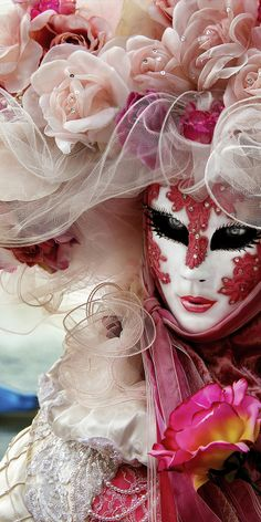 Venice Carnival 2014! The Best Events & Free pdf Schedule Download || via KissFromItaly.com