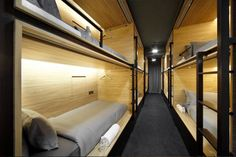 Can a capusle hotel be considered luxury? Have a look at The Pod Boutique Capsule Hotel in Singapore and let me know your thoughts! Capsule Hotel, Bunk Bed Designs, Hotel Bed, Dormitory, Interiores Design, Bunk Beds, House Design, Boutique, Modern