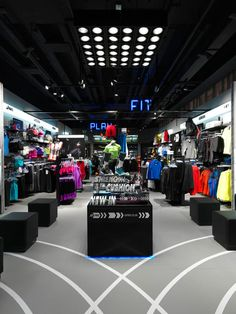 Design of a real sports store with real sports apparel for real sports people Boutique Interior, Clothing Store Interior, Clothing Store Design, Fashion Retail Interior, Sportswear Store, Sports Shops, Jd Sports, Garage Remodel, Cosmetic Shop