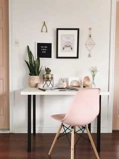 home office decor in shades of pink, black and a hint of . - Minimalist home office decor in shades o Corporate Office Design, Home Office Design, Home Office Decor, House Design, Office Ideas, Office Designs, Ikea Office, Interior Office, Apt Ideas