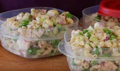 In the video below, Clean & Delicious chef Dani Spies shares a delicious and super easy tuna pasta salad recipe! Healthy Tuna, Healthy Eating Recipes, Cooking Recipes, Healthy Sides, Healthy Foods, Tuna Salad Pasta, Pasta Salad Recipes, Tuna Recipes, Weight Watchers Pasta