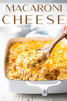 Your family will go crazy for this baked macaroni and cheese recipe! Sinfully creamy & gooey, with a cheese blend that gives a perfect balance of flavors. Homade Mac And Cheese, Creamy Macaroni And Cheese, Macaroni N Cheese Recipe, Baked Macaroni, Cheese Recipes, Pasta Recipes, How To Make Macaroni, Dessert For Dinner, Easy Food To Make
