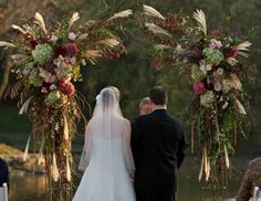 chicago florist :: stems - weddings :: hand picked fresh flowers with an urban, funky touch