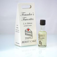 A yellow butter cake filled with three layers of lightly sweetened whipped cream and layers of fresh berries: raspberries, blackberries and strawberries. PG/VG Ratio:30/70 What's Included: 50ML PREMIUM BOTTLE INDIVIDUAL BOX EMPTY UNICORN BOTTLE