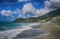 Liguria na majówkę- Cinque Terre w jeden dzień - Never Ending Travel Cinque Terre, Never, Beach, Travel, Outdoor, Outdoors, Viajes, The Beach, Beaches