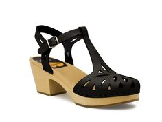 lacy sandal - swedish hasbeens