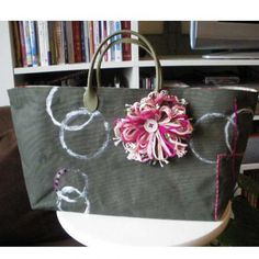 wax tote forest green and pink