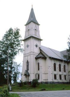 Luhangan vanha kirkko. Kuva: MV/RHO Marja-Terttu Knapas 1981