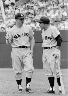 Mickey Mantle talks with Yogi Berra before the New York Yankees game against the Baltimore Orioles on May 23 1959 at Memorial Stadium in Baltimore. Born 84 years ago today on October 20 1931 The. Baseball Star, Sports Baseball, Baseball Players, Baseball Wall, Baseball Cards, Sports Pics, Mlb Players, Baseball Series, Baseball Classic
