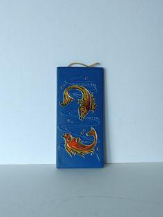 Vintage wandtegel, gemaakt door Flora (Gouda, Holland) door PrettyandPreloved op Etsy