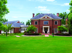 Americana The Beautiful: Historic Luxury Properties - Coldwell Banker Blue Matter Blue Matter, East Coast, Beautiful Homes, Brick Homes, Mansions, Luxury, House Styles, Home Decor, My Dream House