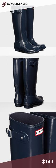 Hunter Original Tall navy Gloss Rain boots New in box US size 8, euro 39 Hunter Shoes Winter & Rain Boots
