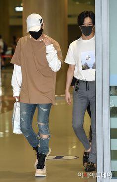 160802 SHINee - Jonghyun and  Taemin at Incheon International Airport from Texas