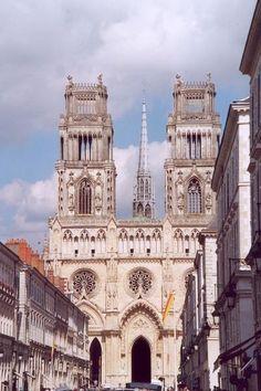 La cathedrale d orleans guide touristique du Loiret Centre Val de Loire Monuments, Notre Dame, Canada, Italy, Australia, Country, Orleans, Building, Jeanne